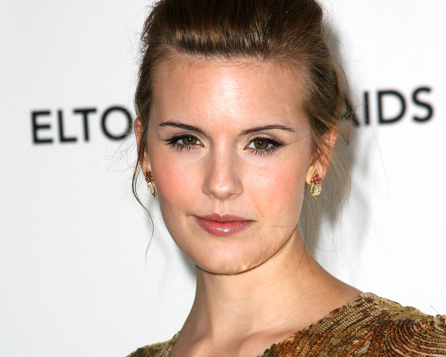 Taken S Maggie Grace Is Engaged To Brent Bushnell