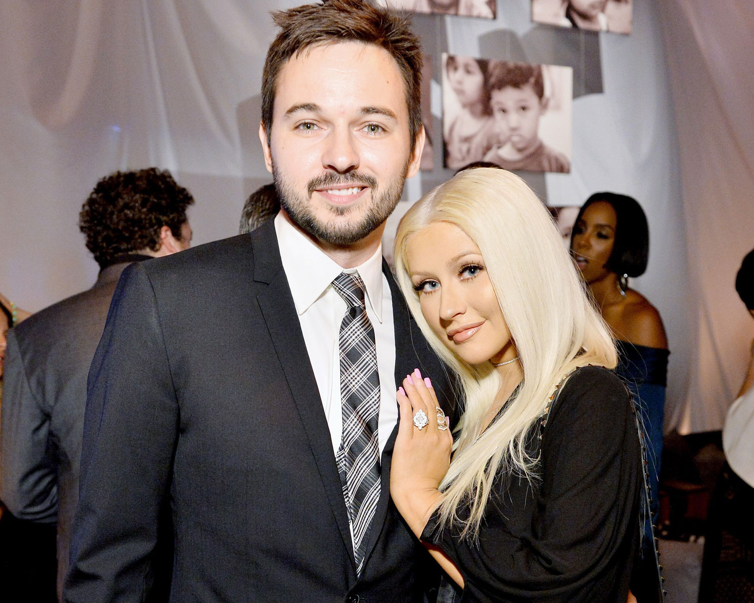 Christina Aguilera Sings To Fiance Matthew Rutler On His