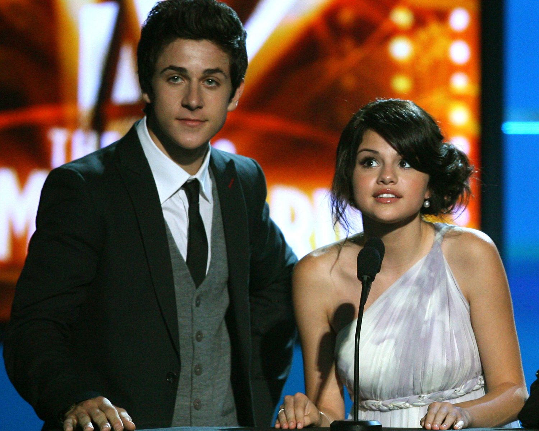 Selena Gomez, David Henrie to Reunite for Movie Premiere