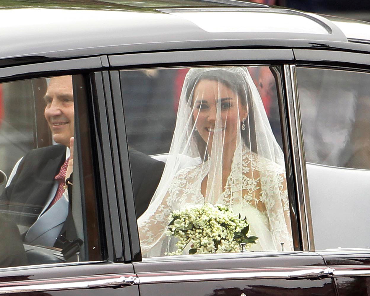 kate middleton did her own makeup wedding day