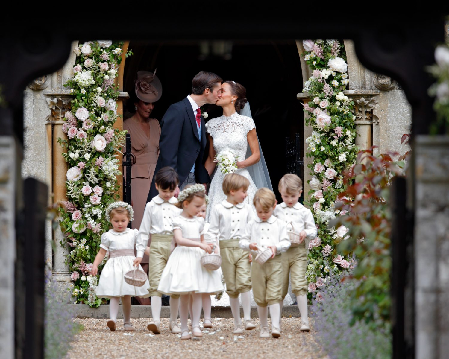 Pippa Middleton Marries James Matthews: Wedding Dress Photos