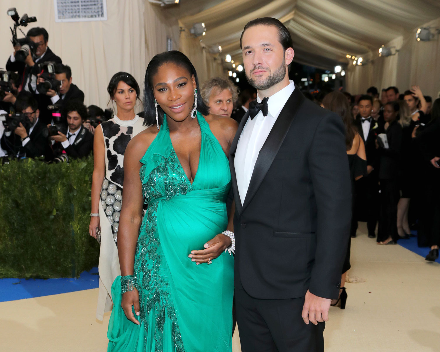 Serena williams will marry reddits alexis ohanian this week serena williams bridal shower ombrellifo Images