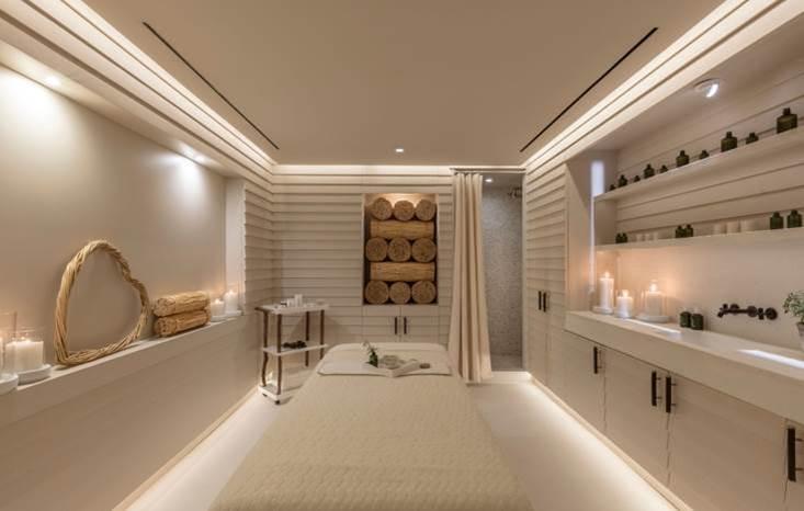 Serena Williams Bridal shower hotel