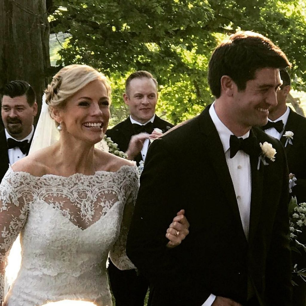 Cnn S Pamela Brown Marries Adam Wright In Kentucky Wedding