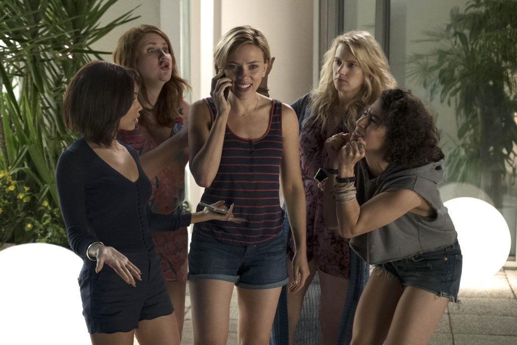 (L to R) Blair (Zo' Kravitz), Alice (Jillian Bell), Jess (Scarlett Johansson), Pippa (Kate McKinnon) and Frankie (Illana Grazer) anin Columbia PicturesÕ ROUGH NIGHT.