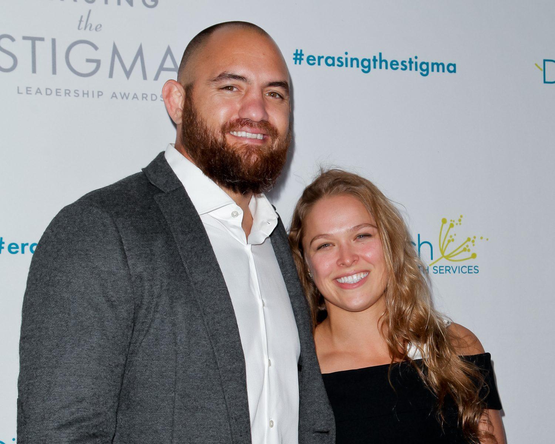 Ronda Rousey Travis Browne wedding