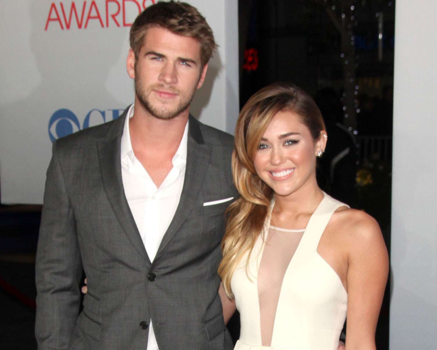 "Liam Hemsworth Calls Fiancée Miley Cyrus ""Little Angel"" in ..."