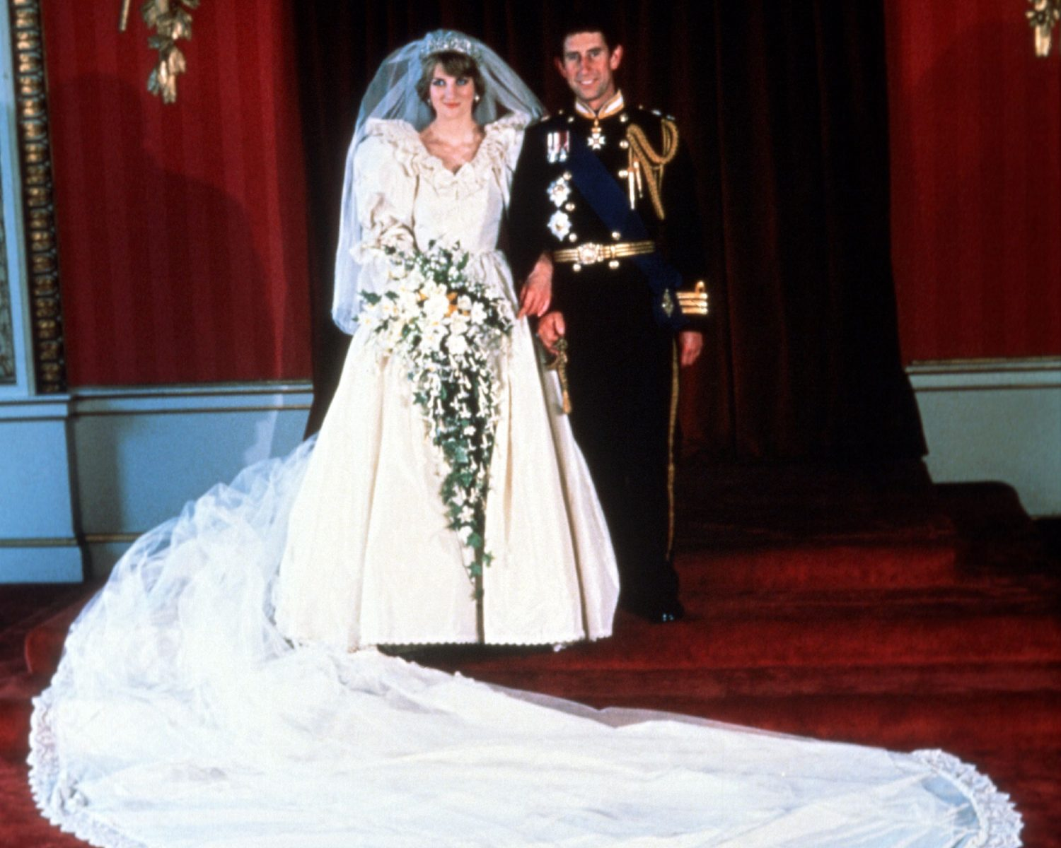United Kingdom July 29 On 1981 Lady Diana Spencer Aged 19 Married Prince Charles 32 At Buckingham Palace