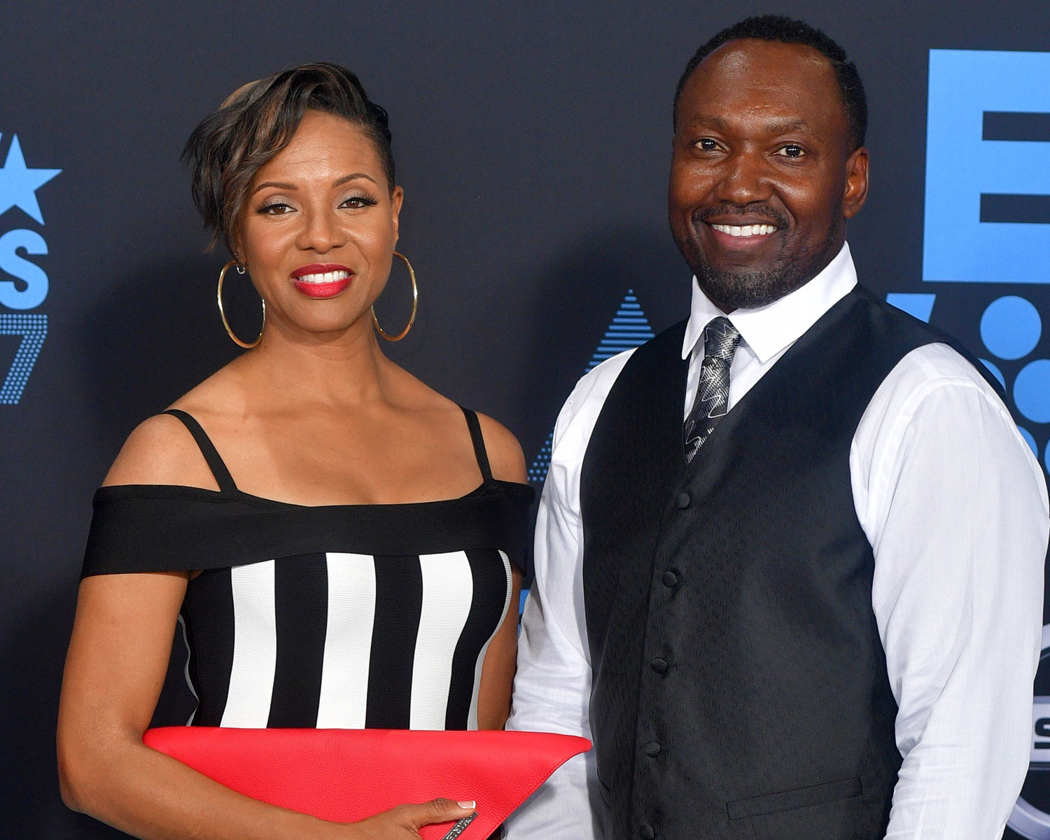 Mc Lyte Marries Marine Corps Veteran In Jamaica Wedding