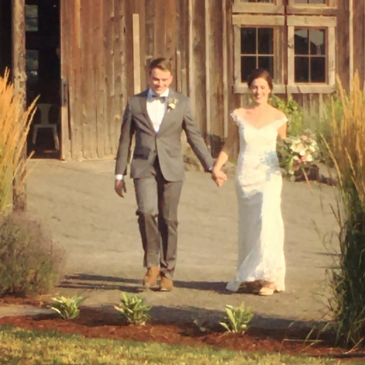 Little People Big World S Molly Roloff Marries On Family Farm