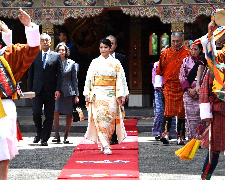 Princess mako japan engagement