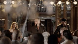 Blake Shelton wedding singer