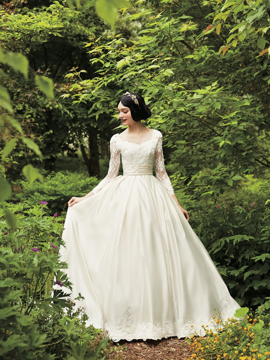 A Japanese Wedding Dress Company Is Selling Disney Inspired Gowns Starting In November Japan Kuraudia Co