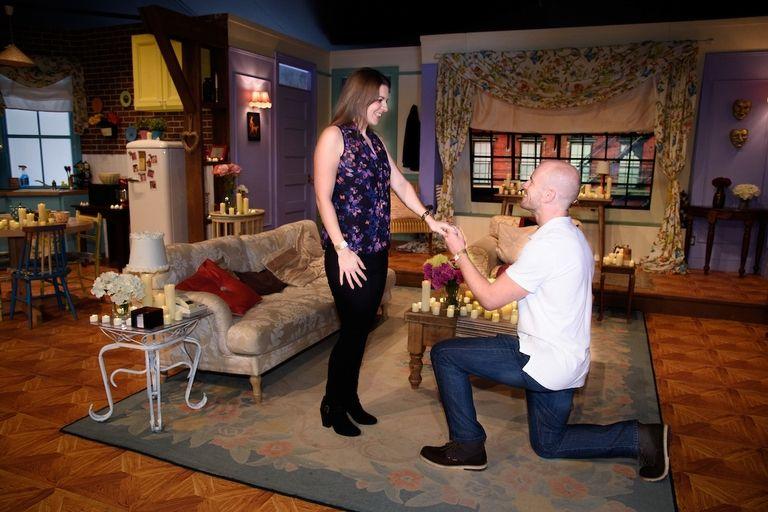 Friends Fan Recreates Chandler And Monica S Apartment