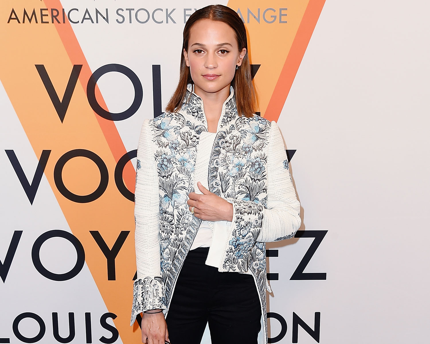 2c07f8af627 Alicia Vikander Debuts Her Wedding Ring After Marrying Michael ...
