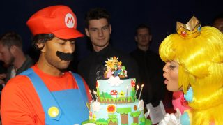 WEST HOLLYWOOD, CA - NOVEMBER 26:  Nintendo and John Legend celebrate Chrissy Teigen's 28th birthday on November 26, 2013 in West Hollywood, California.  (Photo by Jonathan Leibson/Getty Images for Nintendo)