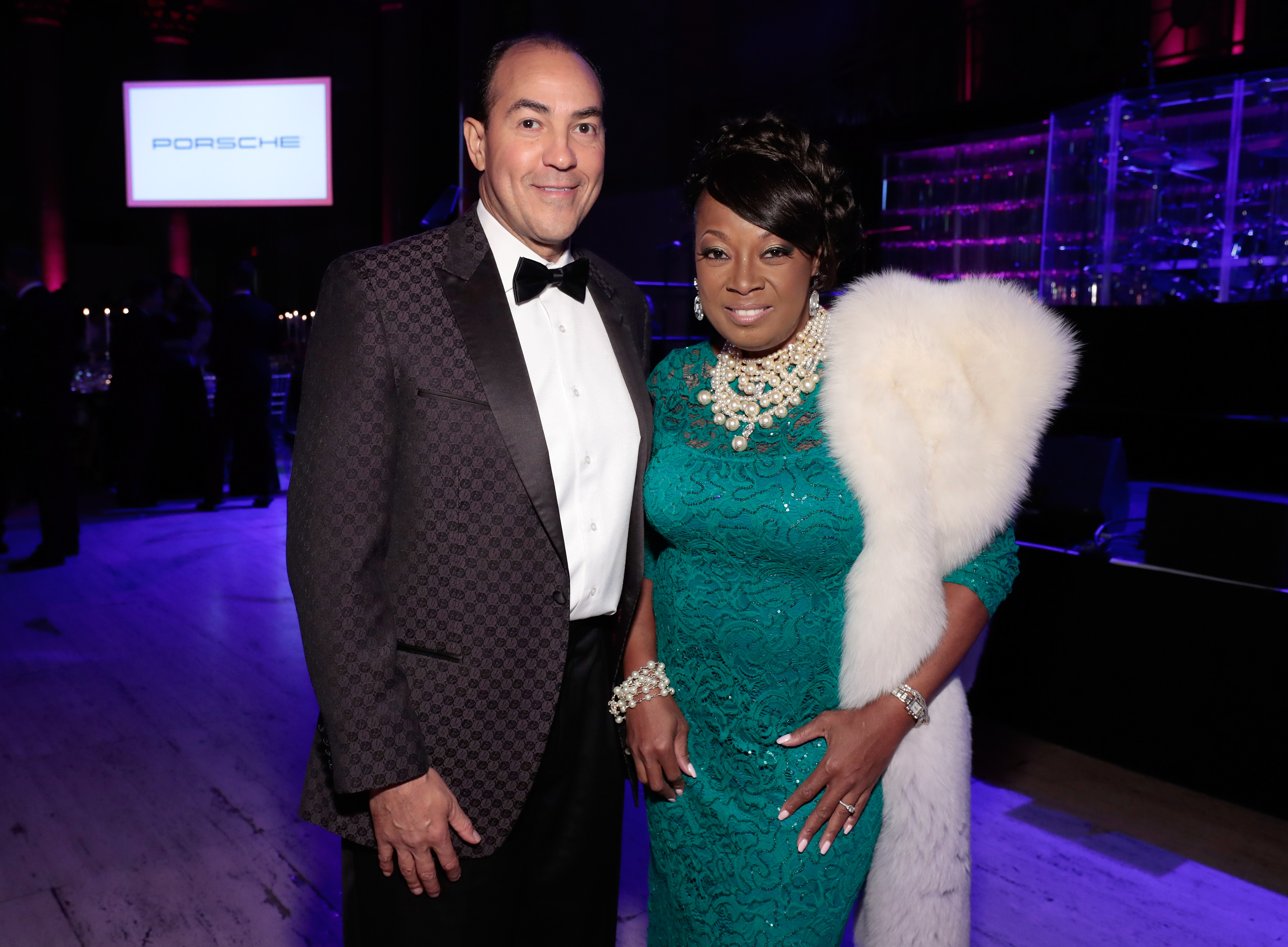 Star Jones Is Engaged To Ricardo Lugo See Her Ring