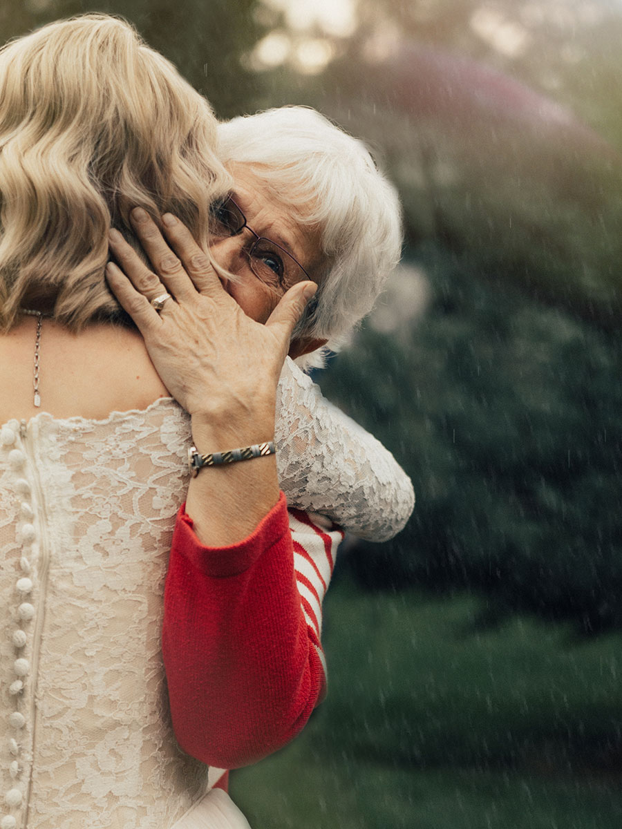 Bride surprises grandmother by wearing her wedding dress from 1962. Credit: Kortney Peterson