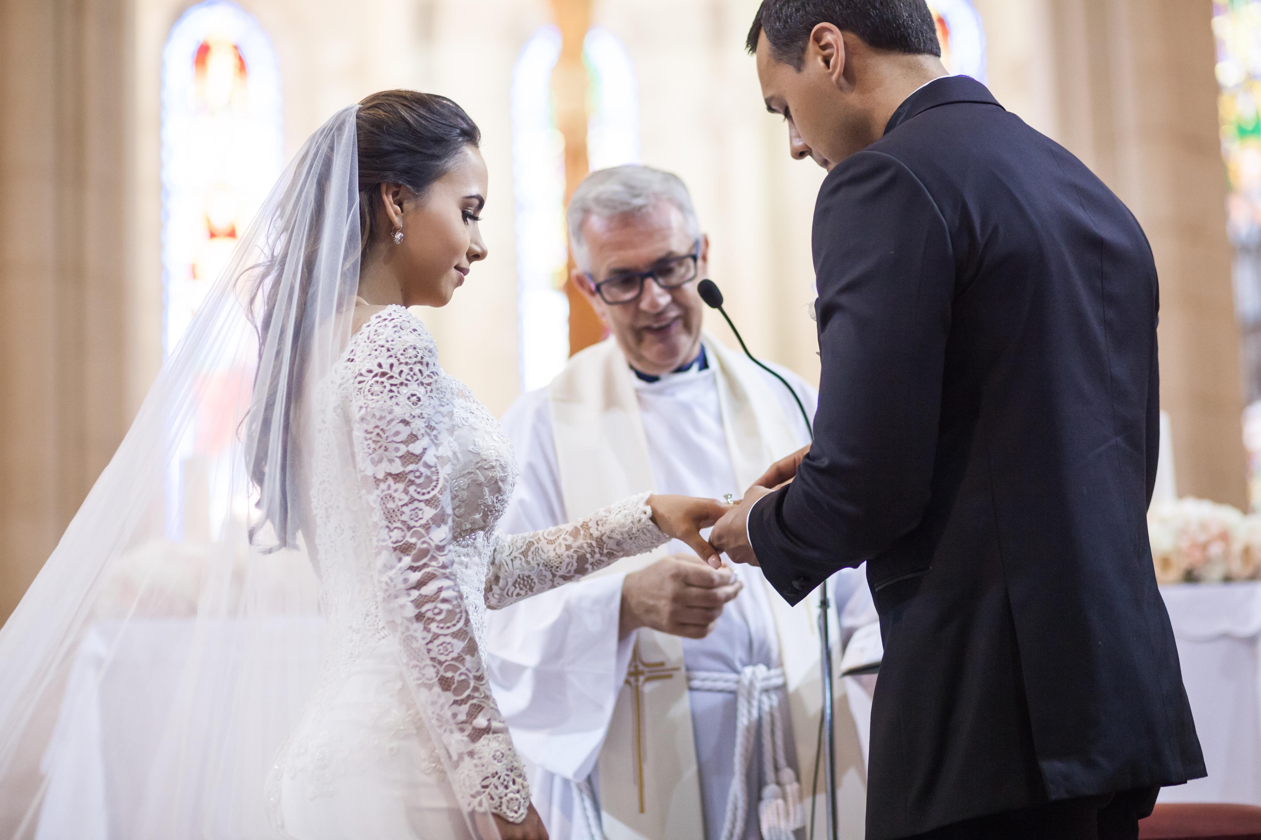 Lisa Morales and Jason Duke wedding. Barcelona, Spain. 2017. (Credit: Rares Pulbere)
