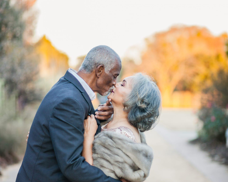 viral couple wedding photographer
