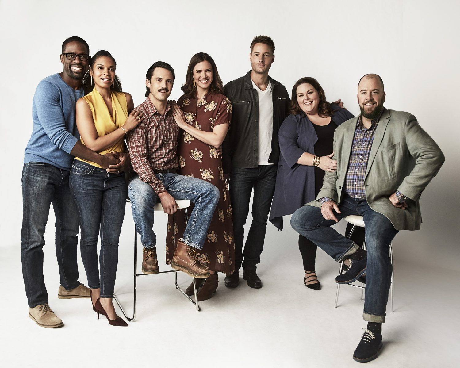 Pictured L R Sterling K Brown As Randall Susan Kelechi Watson Beth Milo Ventimiglia Jack Mandy Moore Rebecca Justin Hartley Kevin