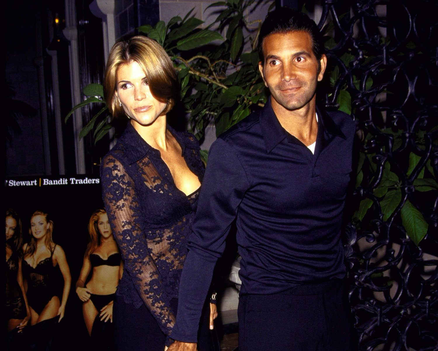 Lori Loughlin Has Celebrated the Wrong Anniversary Date ...