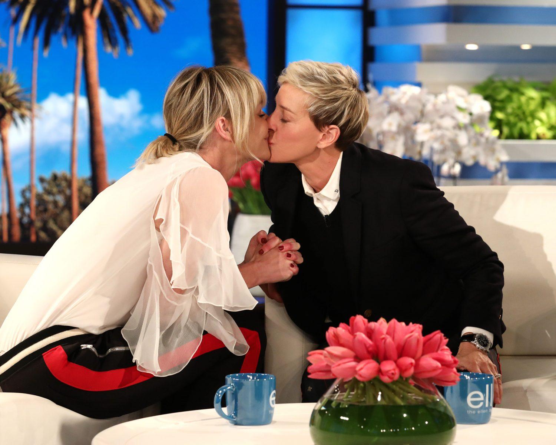 Ellen And Portia Wedding.Ellen Degeneres Celebrates 10 Years Of Marriage With Portia De Rossi