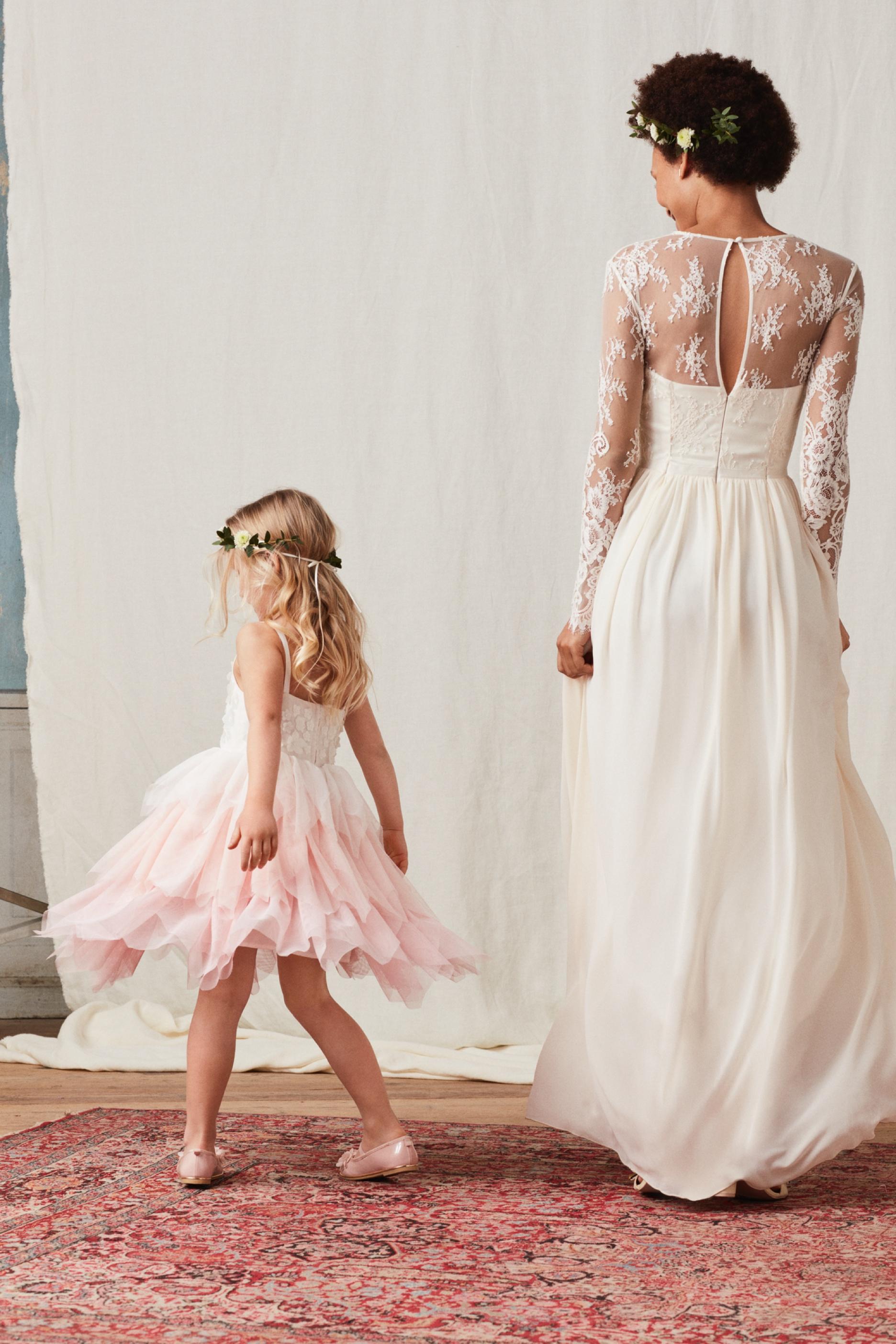 d3c06386c54 H M Wedding Shop Launches Online