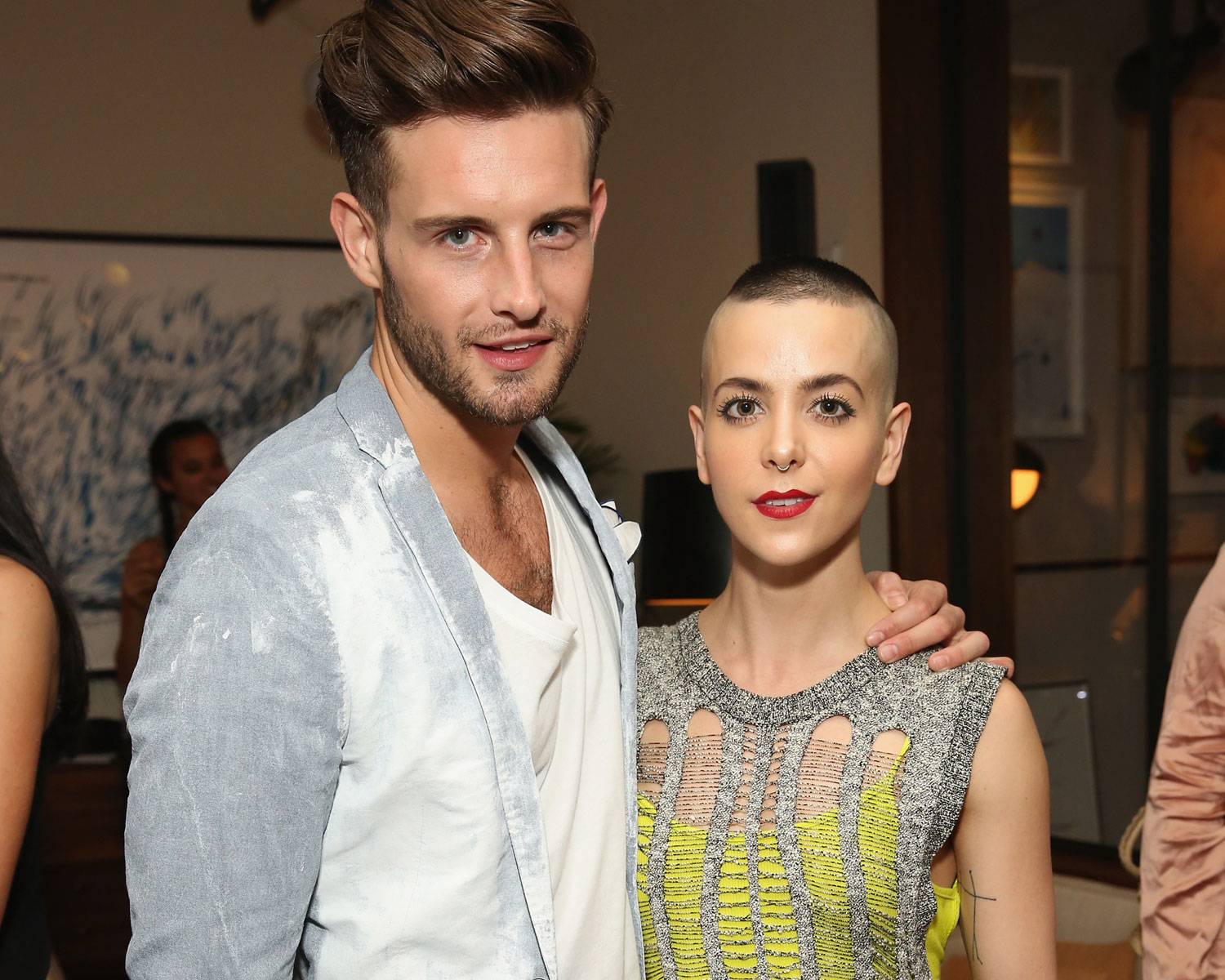 Younger Actor Nico Tortorella Marries Bethany Meyers # Ensembles Tv