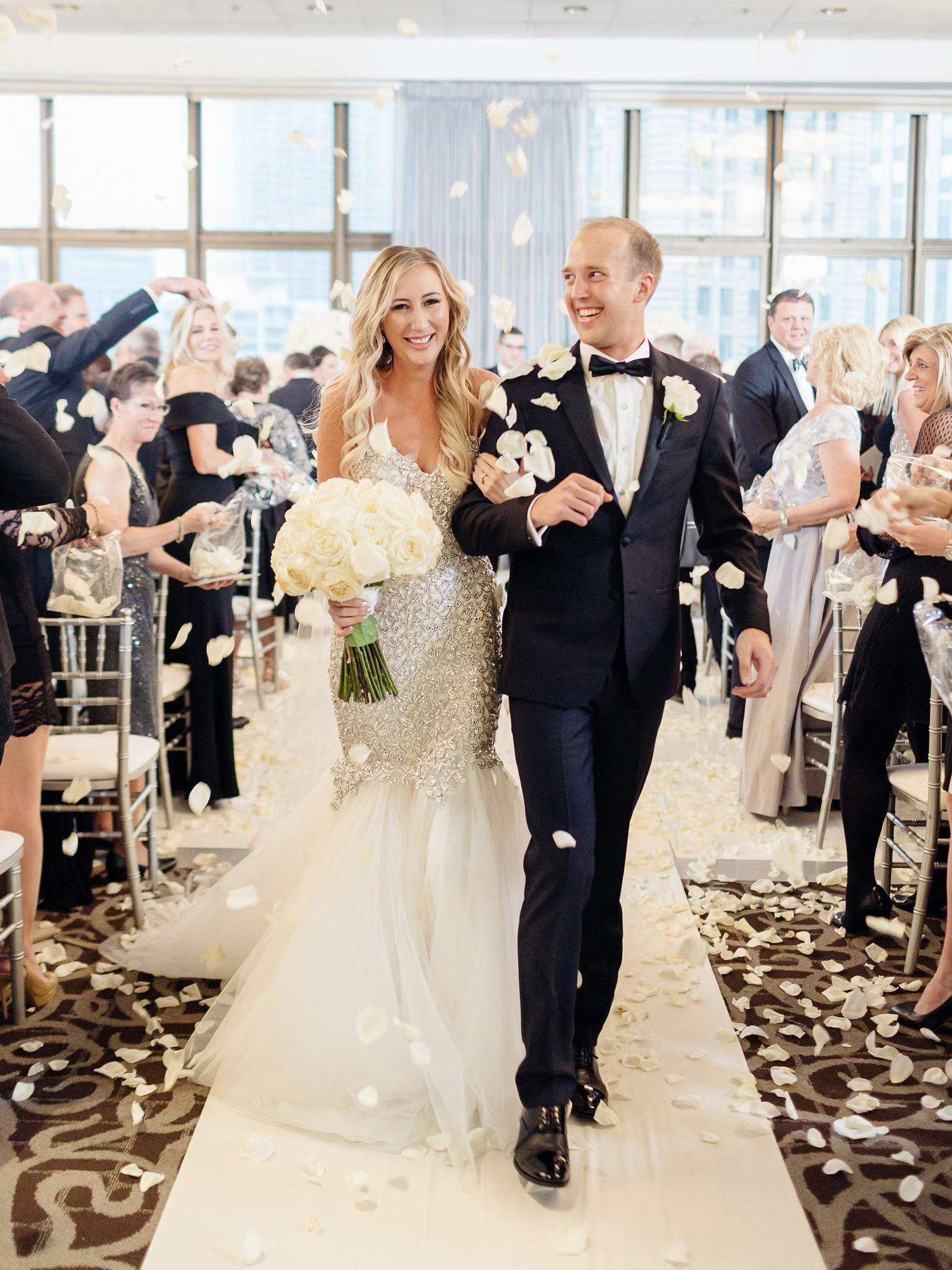 "057e0058b1c7 Carly Cristman Wedding Album. Chicago, Illinois. (Credit: Sarah Postma). THE  FOOD. """