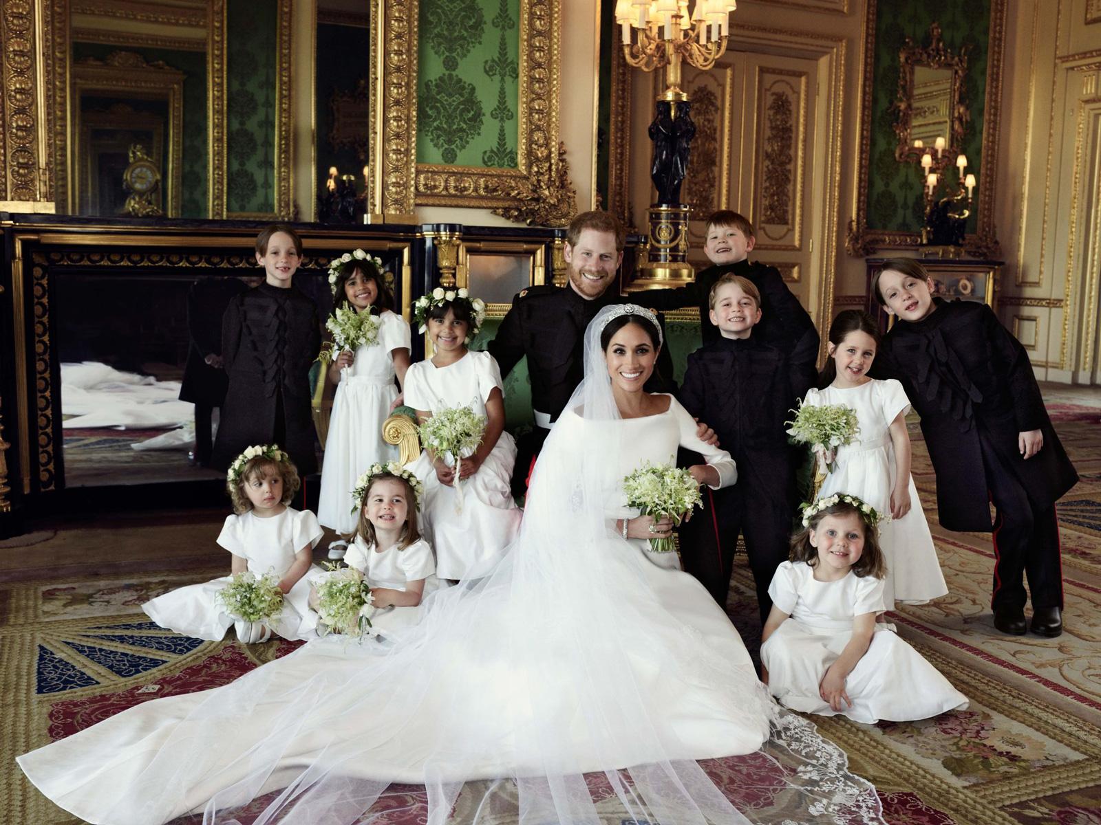 acbeceab299 Royal Wedding Trends You Will See Everywhere  Greenery