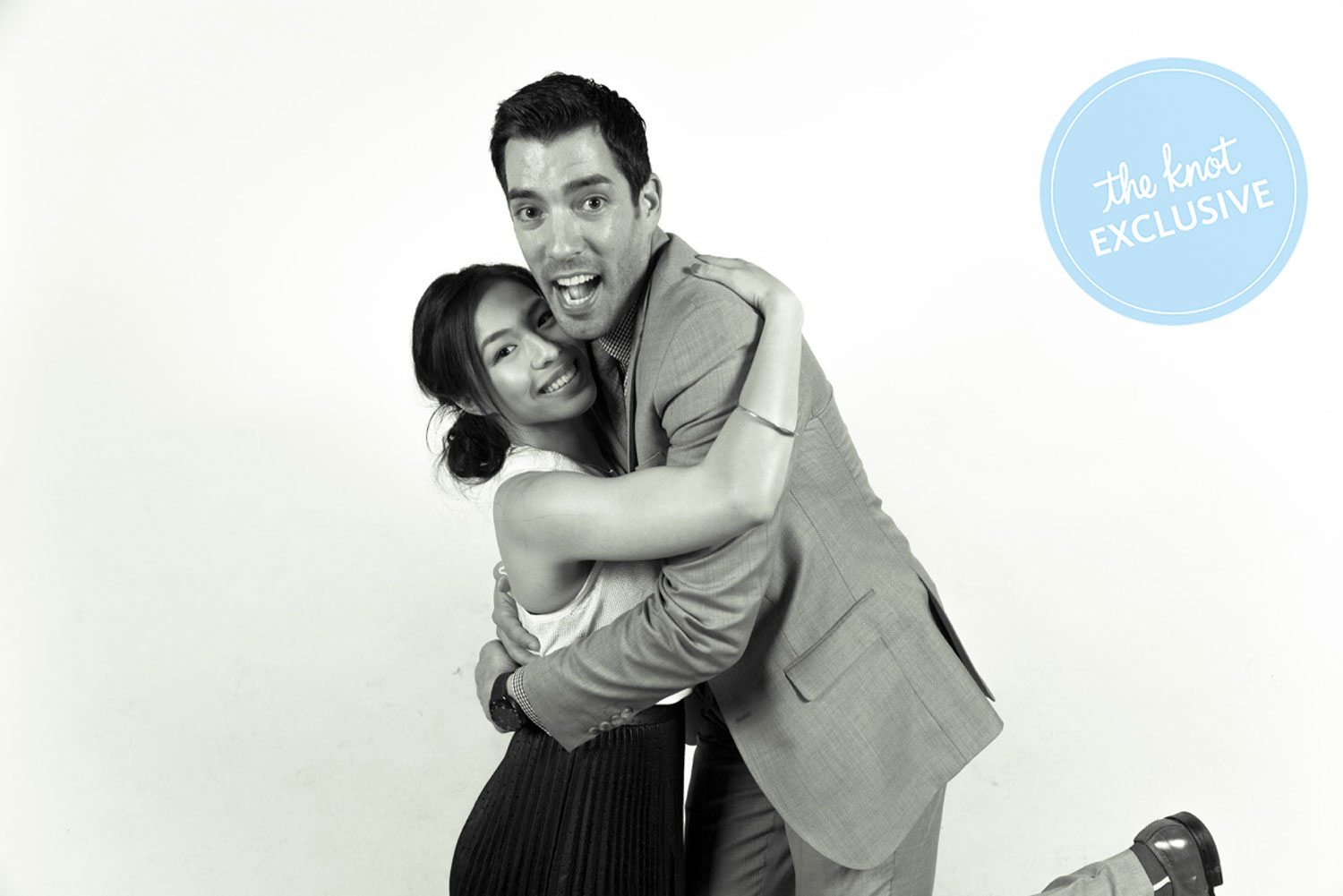 property brothers 39 drew scott and linda phan marry in italy wedding. Black Bedroom Furniture Sets. Home Design Ideas