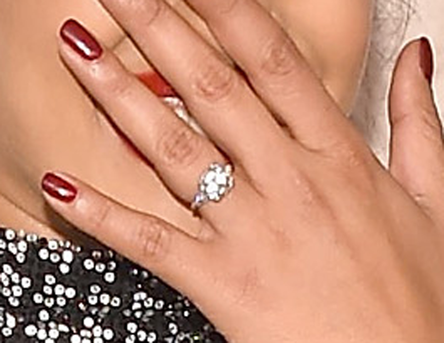 priyanka chopra ring engagement jonas