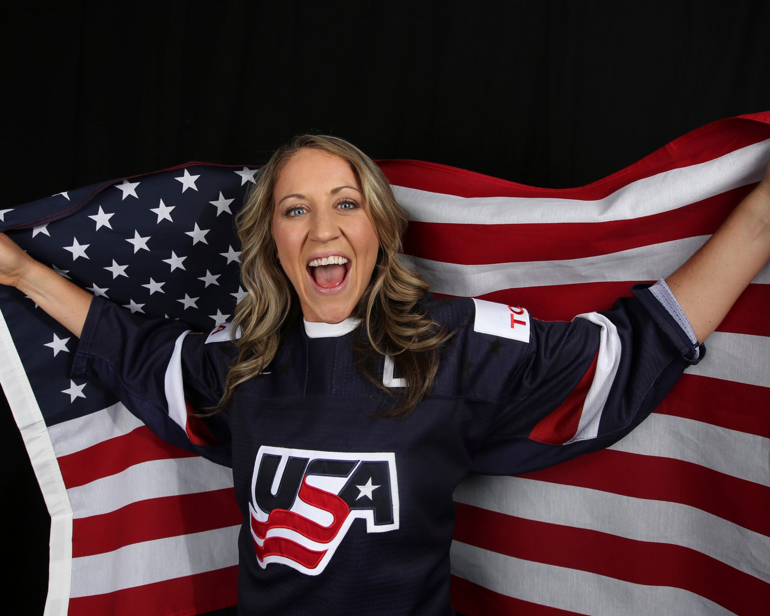 Olympic Hockey Rivals Meghan Duggan and Gillian Apps Marry