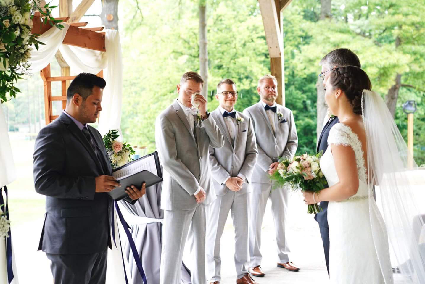 caterer saves wedding