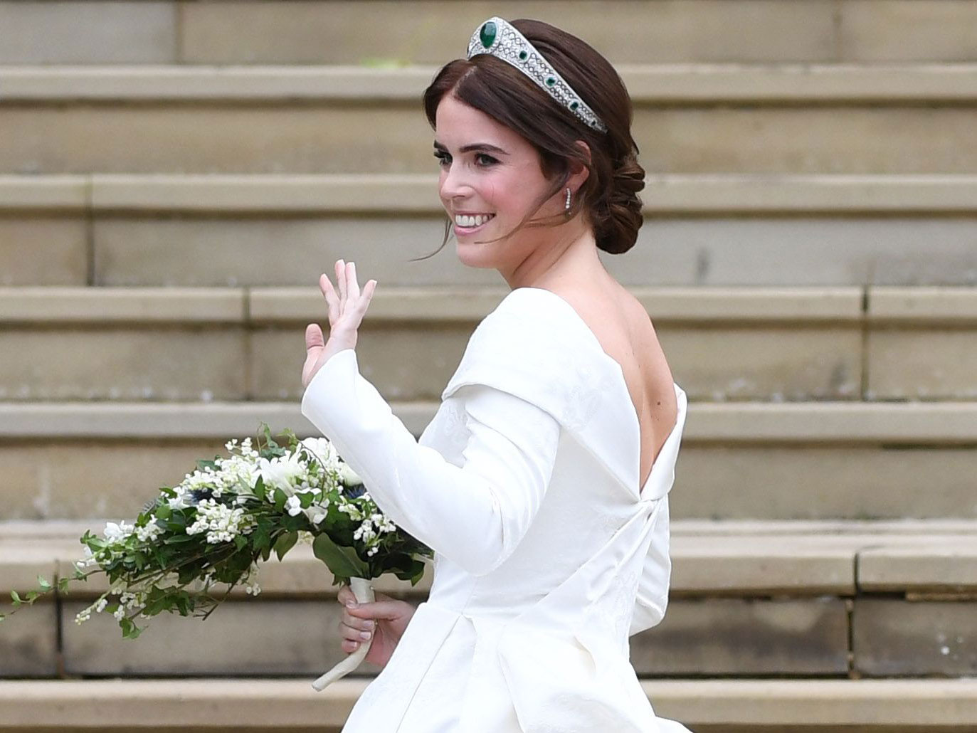 Princess Eugenie Wedding Dress Details: Who Designed It and More? - The Knot News