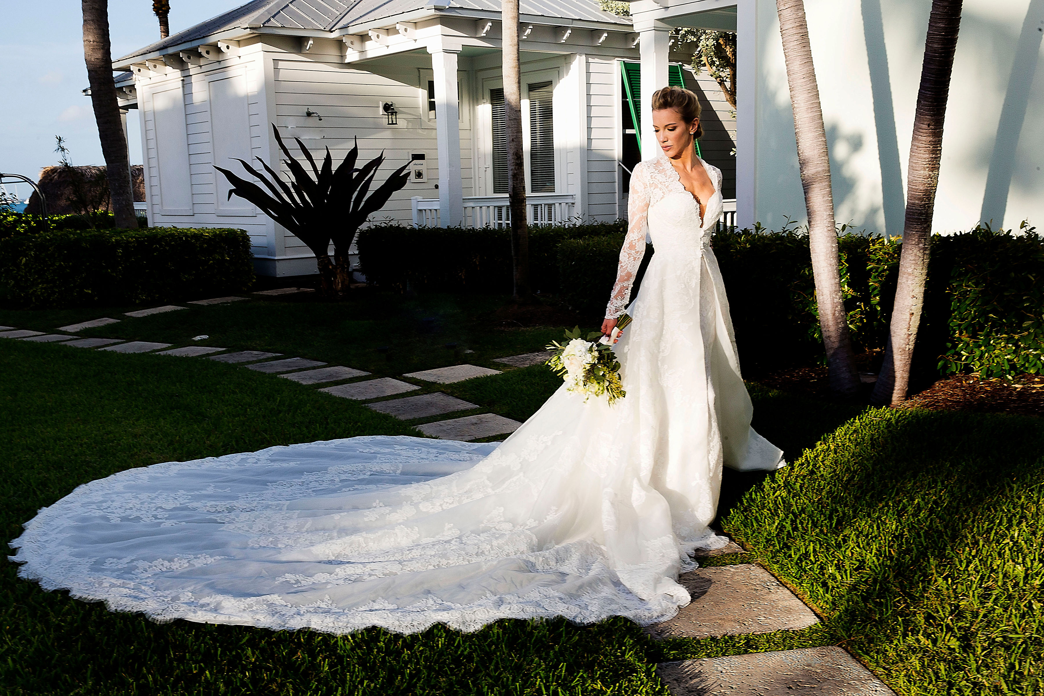 Katie Cassidy Wore A Bridal Coat With Pockets To Her