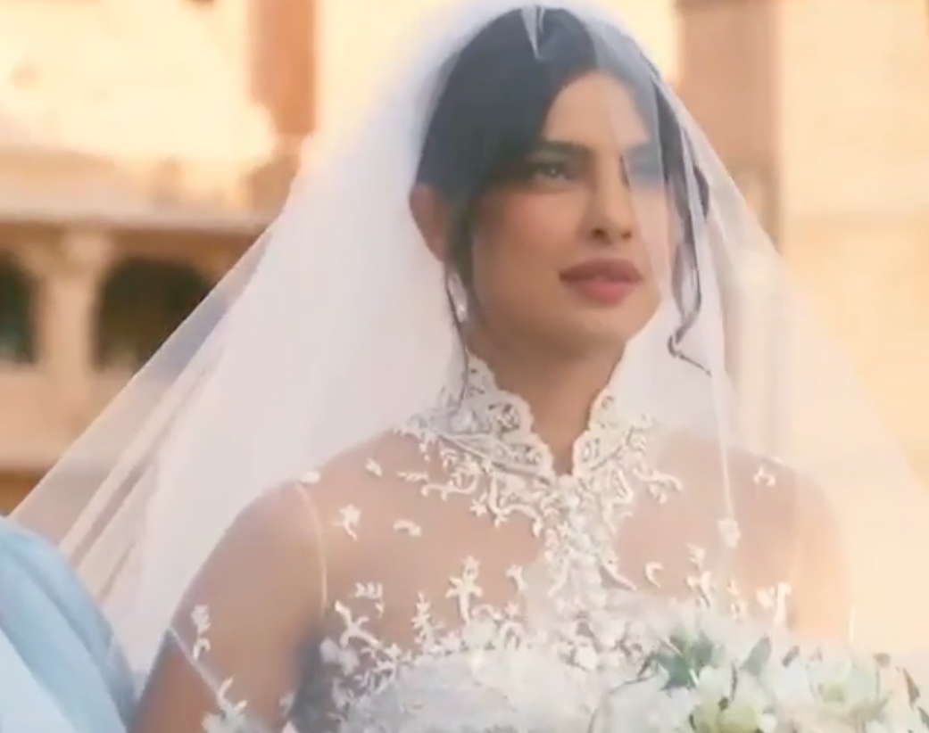 priyanka chopra wedding dress red