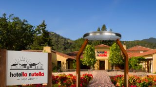 hotella nutella entrance