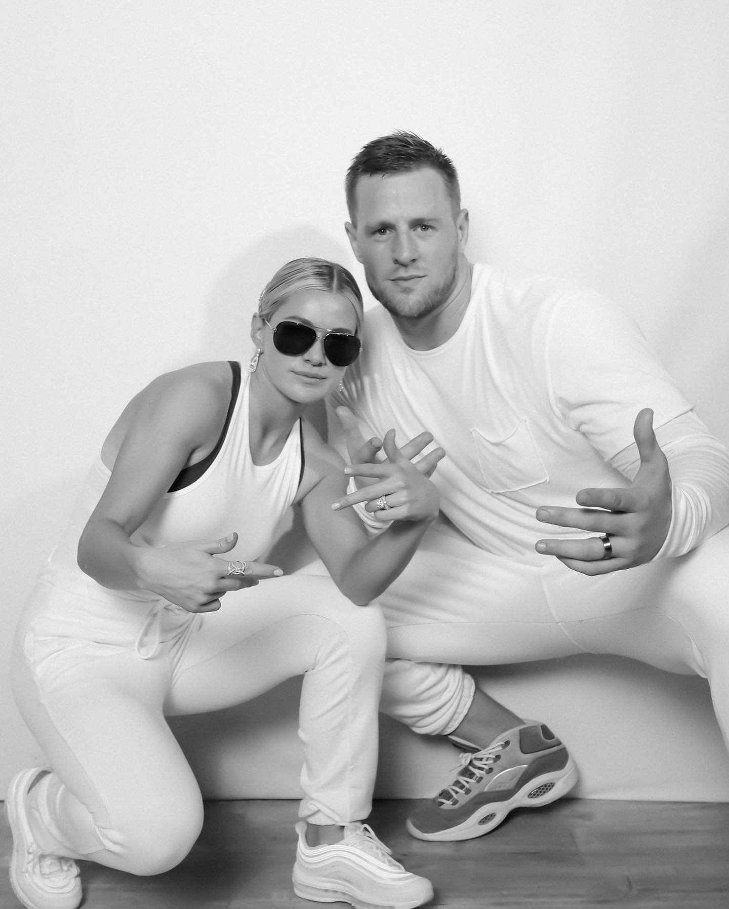 Jj Watt Wedding Pictures: JJ Watt And Kealia Ohai Marry In Valentine's Weekend Wedding